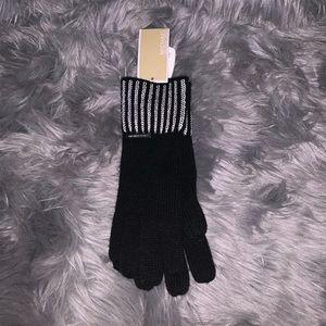 MICHAEL Michael Kors Accessories - Michael Michael Kors Knit Gloves